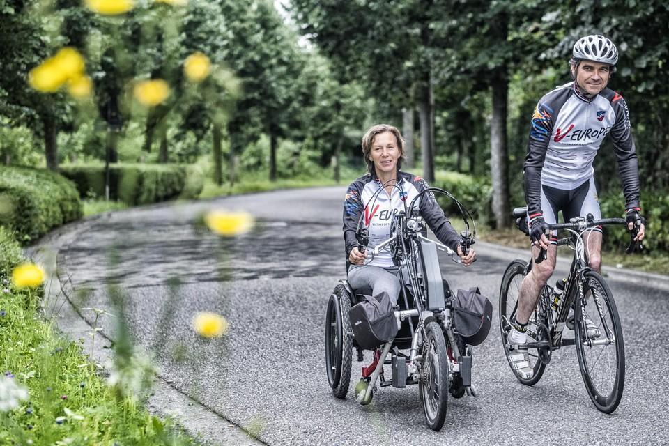 Marion Van Reeth en Aristide Melissas trainden voor de Ventoux op de Bosstraat in Boom.
