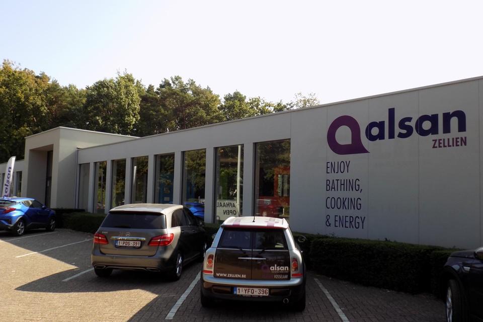Het bedrijf Alsan-Zellien in Vosselaar, het vroegere Zellien-Fabri uit Turnhout, is gestart met een uitverkoop.