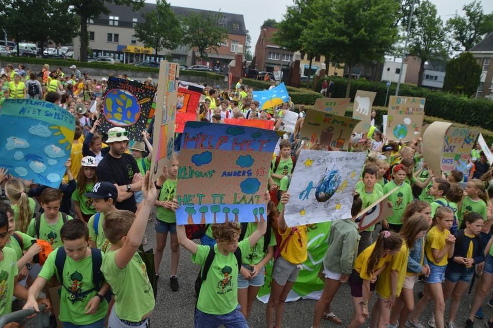 Bijna negenhonderd kinderen liepen in 2019 mee in de Zoerselse klimaatmars.