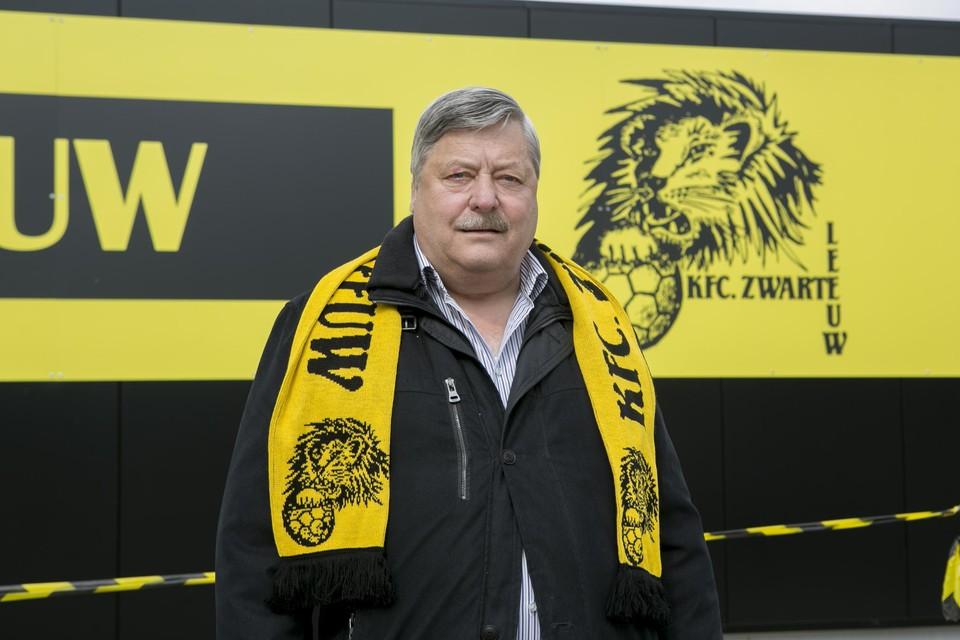 Willy Fransen volgde een tiental jaren geleden Frans Bevers op als voorzitter van voetbalclub KFC Zwarte Leeuw.