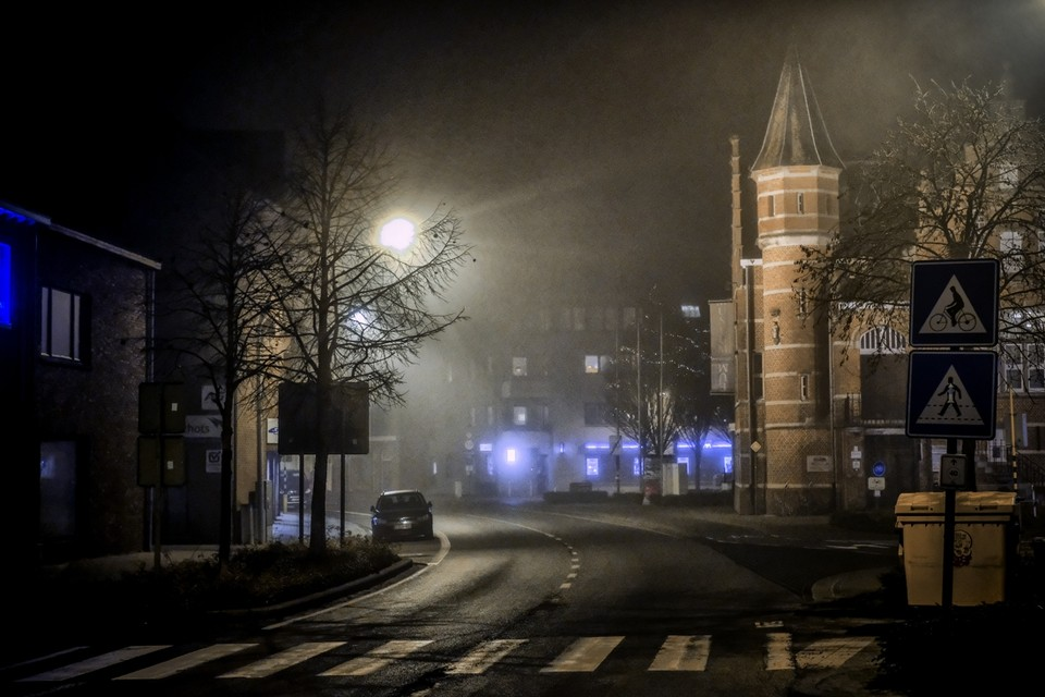 Poppel, een gehucht van de gemeente Ravels vlak bij de Nederlandse grens. Het wordt vaak in één adem genoemd met criminele praktijken.