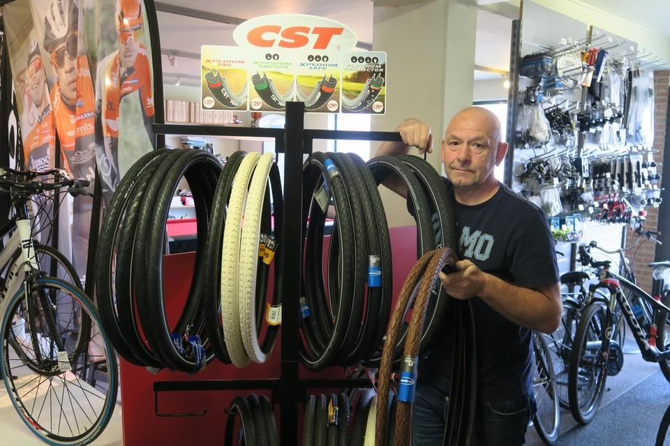 Patrick Van Staeyen baat een fietsenwinkel uit in Schoten.