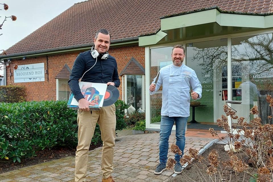 """""""Lekker eten doe je met al je zintuigen, ook met je oren"""", zeggen dj Hans Maes en chef-kok Koen Janssens."""