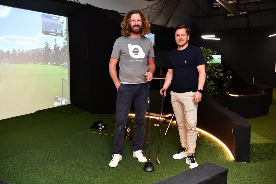 """Initiatiefnemers Christophe Pape en Luk De Meester werken eerst als directieleden voor Decathlon: """"Het materiaal is te duur om de sport te democratiseren vanuit de winkel."""""""