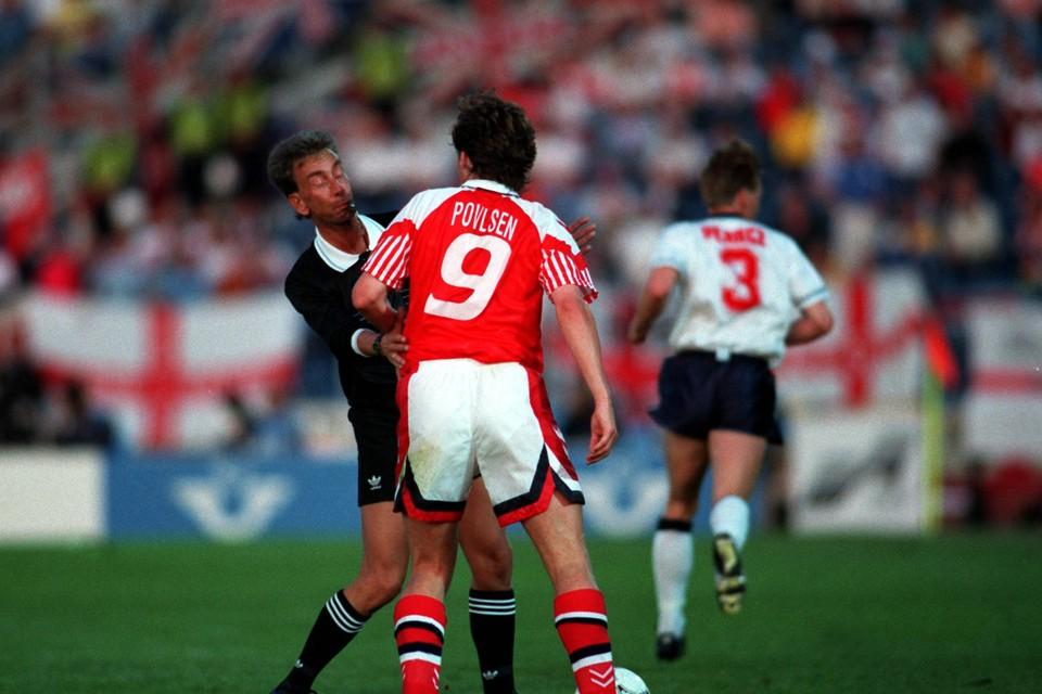 John Blankenstein op het EK in 1992 tijdens de match Engeland - Denemarken.
