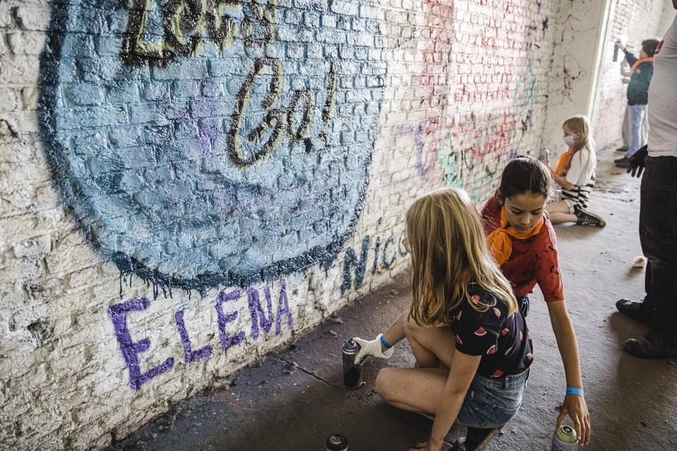 Bij een echt graffitikunstwerk hoort een 'tag'