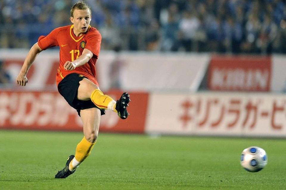In 2009 werd Ritchie De Laet, als 20-jarige beloftevolle speler van Manchester United, al eens geselecteerd voor de Rode Duivels. De Antwerpenaar mocht destijds als linksback mee naar Japan voor de Kirin Cup, een vriendschappelijk landentoernooi.