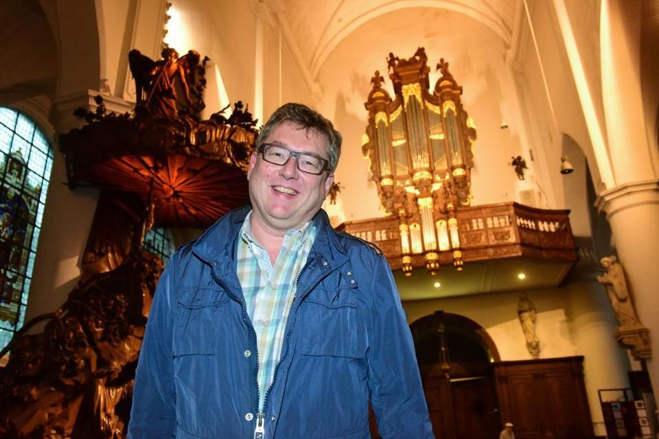 Nico Declerck is de trekker van de concerten in de Sint-Pieterskerk.