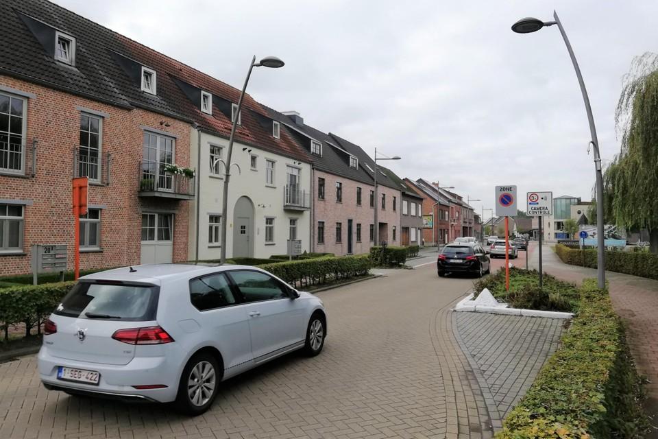 De wegversmalling in de Leliestraat is al enkele weken onderwerp van discussie in Sint-Katelijne-Waver
