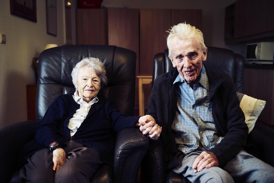 Aster Berkhof verblijft samen met zijn vrouw Nora Steyaert in een rusthuis in het Antwerpse.
