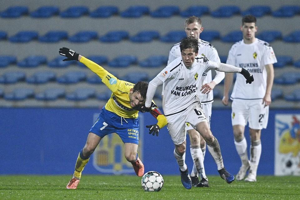 Swinnen in duelmet Van Eeno in de vorige derby in Westerlo.