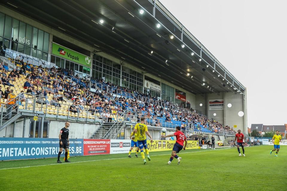 Waasland-Beveren speelde tegen Lille voor het eerst weer met publiek.
