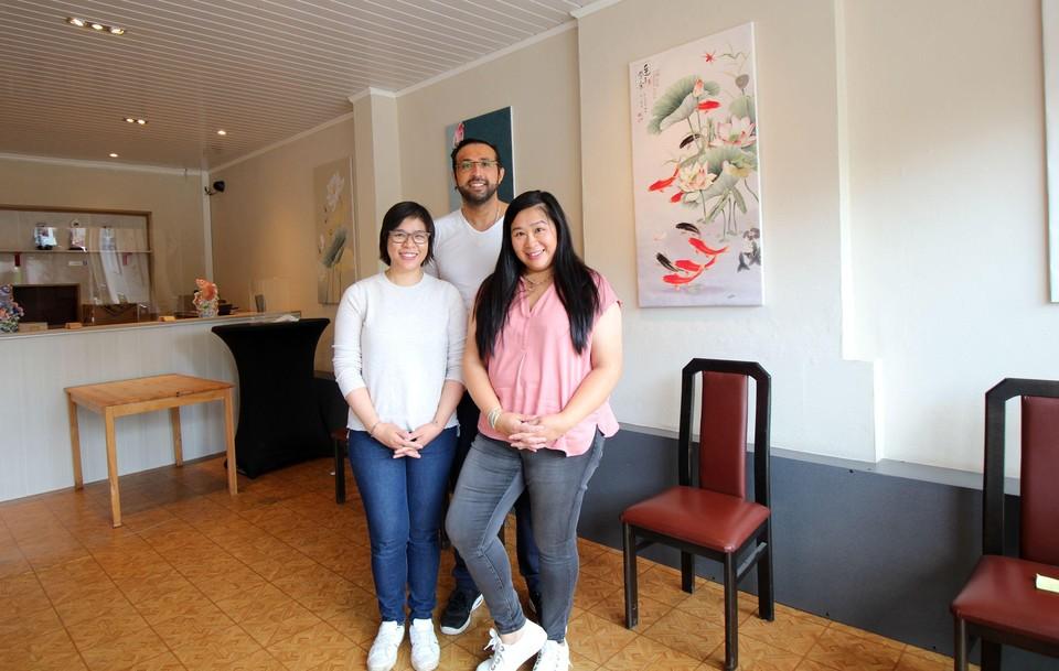 Bibi, Rachid en Lin Sze gaan hun klassiekers bereiden.