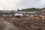 thumbnail: Van deze school in Trooz staan alleen de muren nog overeind.