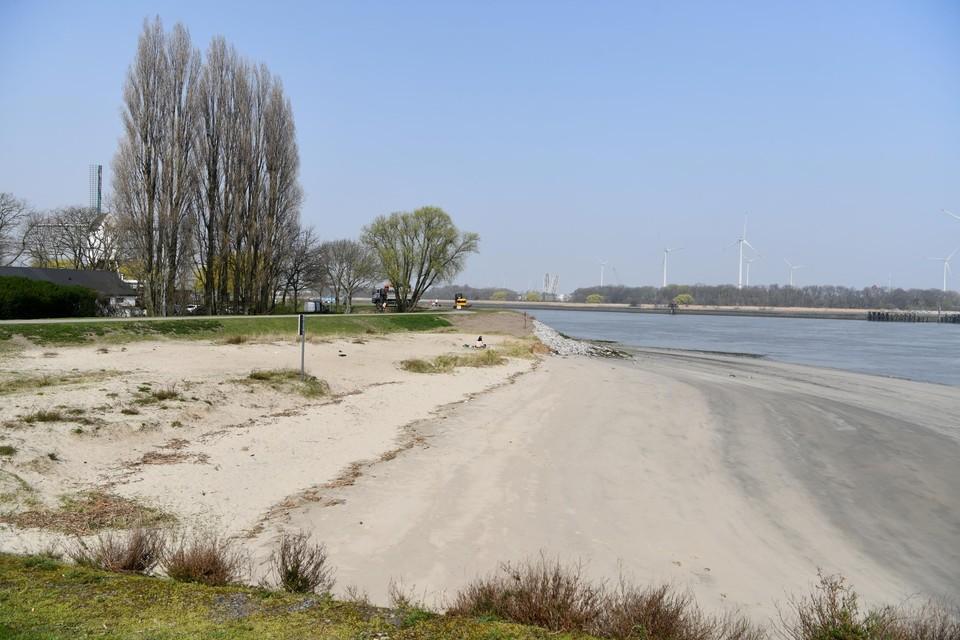 De plage van Sint-Anneke