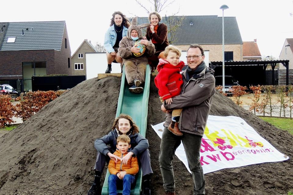 Op 1 april lanceert KWB Itegem in het dorp een smartphone zoektocht voor gezinnen en bubbels.