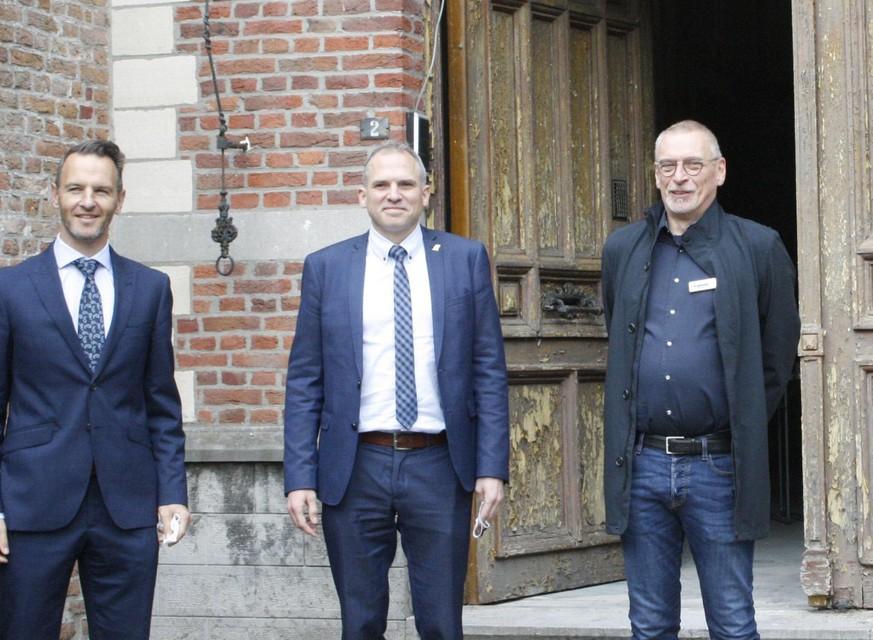 Minister Matthias Diependaele werd in september uitgenodigd in Arendonk voor een rondleiding in het vervallen klooster.
