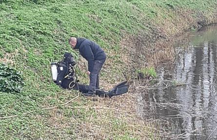 Op 11 maart 2020 haalden speurders een kettingzaag boven die vermoedelijk gebruikt werd om het lichaam in stukken te zagen.