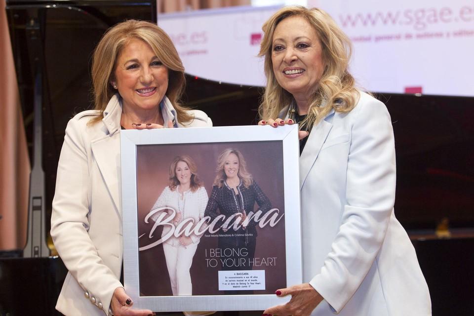 In 2017 bracht Mendiola (rechts) samen met Cristina Sevilla nog een album uit onder de naam Baccara