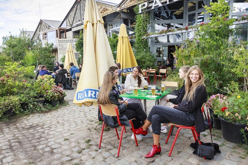 Bar Paniek op het Eilandje in Antwerpen.