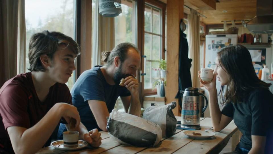 Aan de ontbijttafel maakten Francesco en Magali terloops hun geheime trouwplannen bekend.