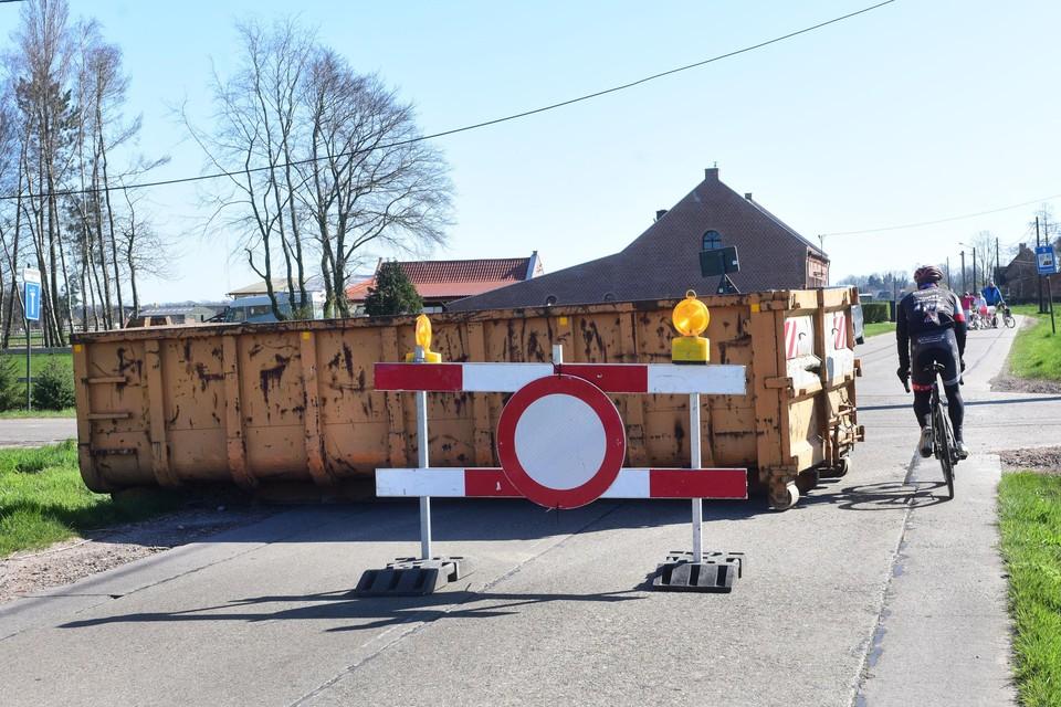 De grenzen opnieuw blokkeren, zoals eind maart het geval was, ziet Hoogstratens burgemeester Marc Van Aperen niet zitten.