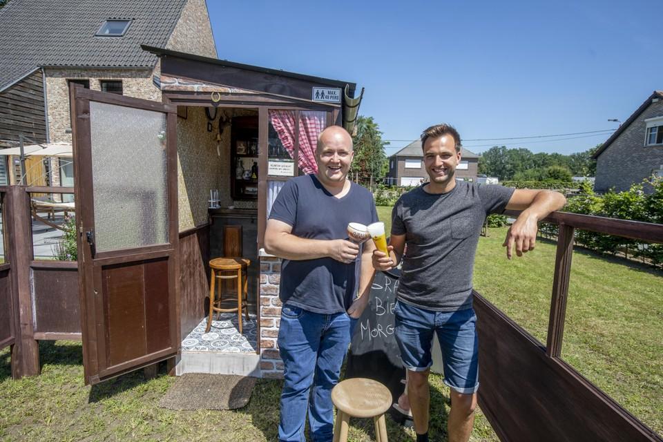 """Bram en Jonas: """"Als er zich ooit een tweede lockdown aandient, zijn wij toch zeker van een café in onze bubbel."""""""
