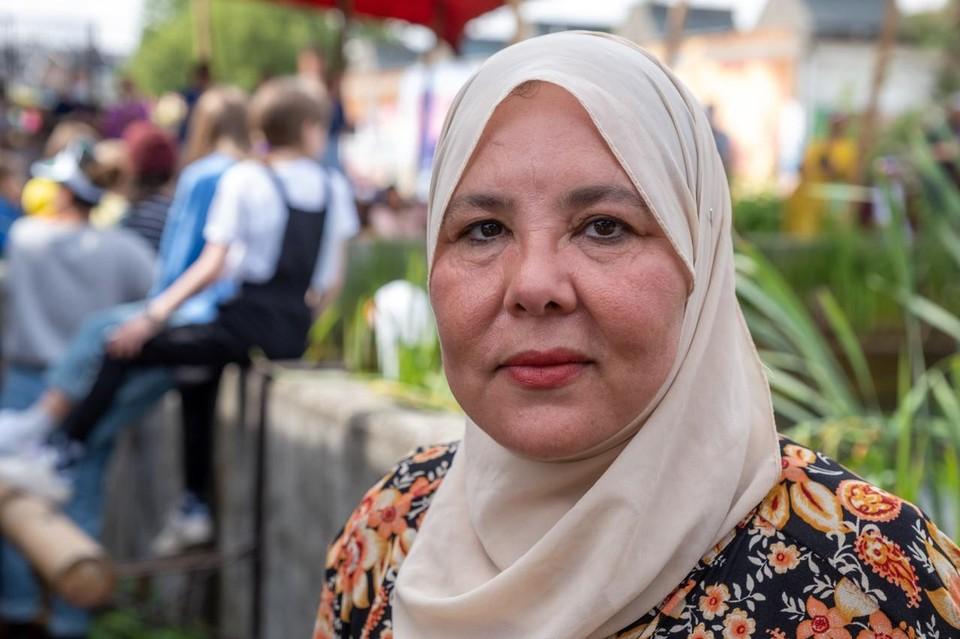 Vrijwilliger Aïcha woont al twintig jaar op den Dam