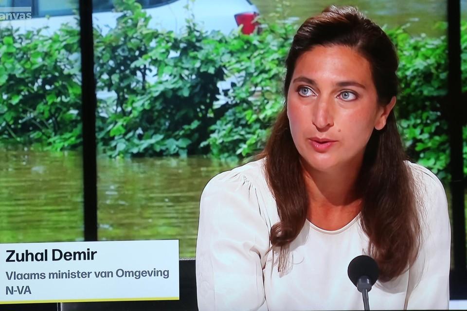 Vlaams minister spreek harde taal als het gaat om bouwen in watergevoelige gebieden.