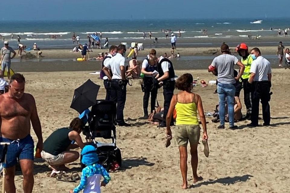 Op het strand van Oostduinkerke werden enkele jongeren opgepakt die voor overlast zorgden.