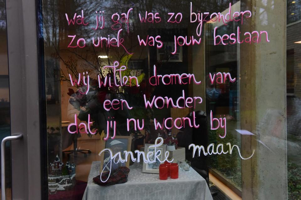 Frans kon niet gaan slapen zonder Janneke Maan te hebben gegroet.