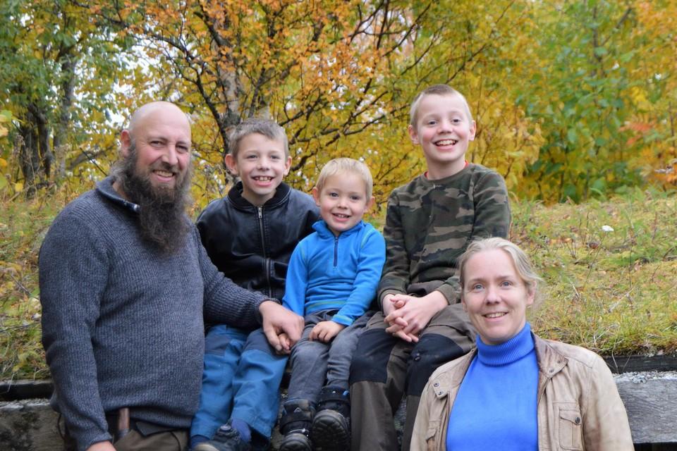 Daniël en Leen en hun kinderen Thor, Tuur en Arne.