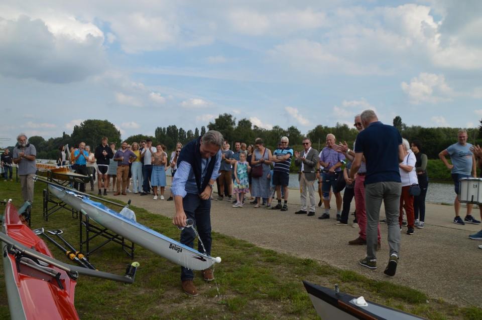 De ene na de andere boot werd gedoopt.