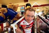 thumbnail: Wielrenner Dimitri De Fauw (28) stapt uit het leven