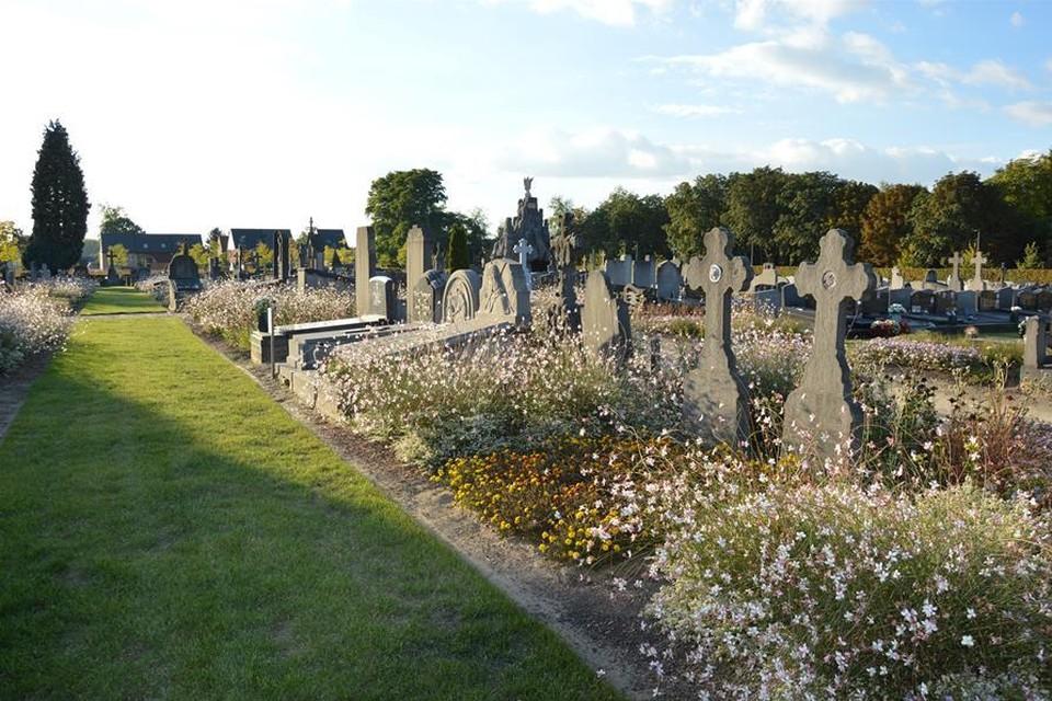De begraafplaats van Elzestraat.