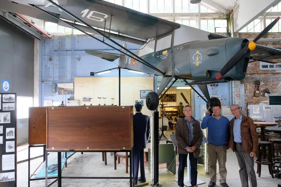 Hugo De Wilde, Jan Van Leuven en Vic Brulez van de vzw Light Aviation.