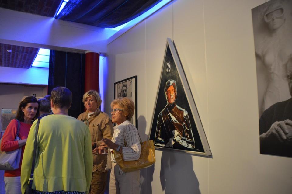 De kunstwerken van Van Hoeydonck komen uit de collectie van Bert Van den Auwelant.