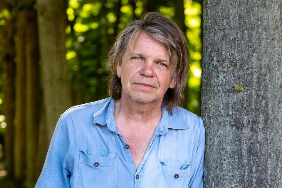 Journalist en antropoloog Teun Voeten verdiepte zich in opdracht van stad Antwerpen twee jaar lang in het wereldje van de dealers.