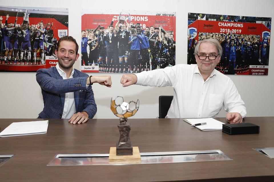 Guillaume Collard (links) met Pierre François van de Pro League.