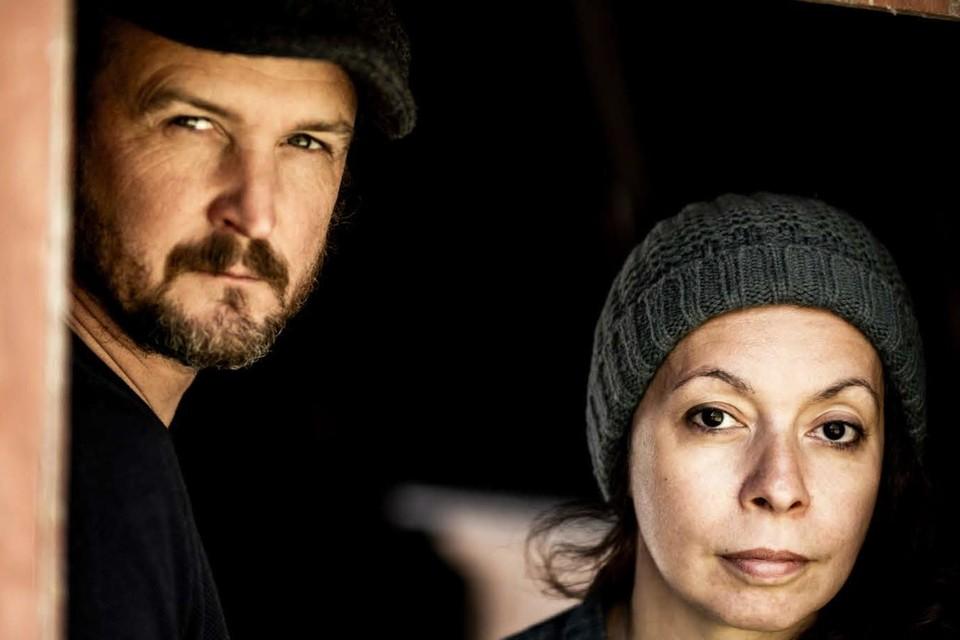 Fotograaf Bas Bogaerts en onderzoeksjournaliste Hind Fraihi brachten twee jaar door in extreemrechtse Facebookgroepen.