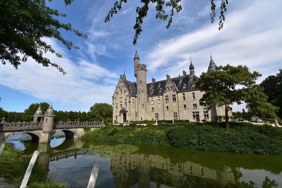 De kastelen van Laarne, Bornem (foto) en Kruibeke worden toegangspoorten tot Rivierpark Scheldeland.
