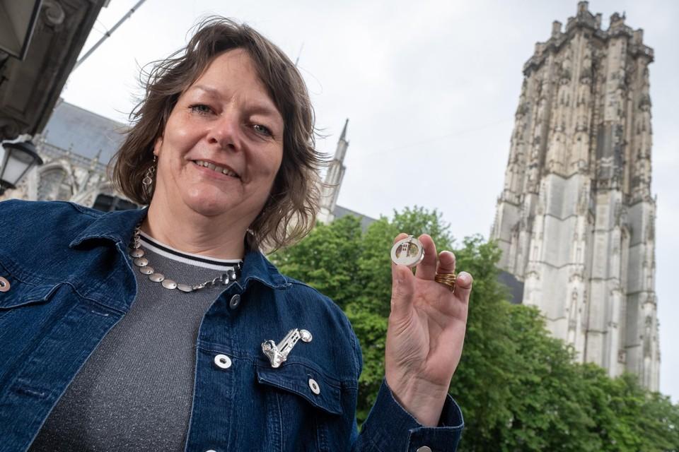 """""""Ik had ook het idee om van onze toren een jeton te maken die je in een winkelkar kan stoppen"""", zegt Annick."""