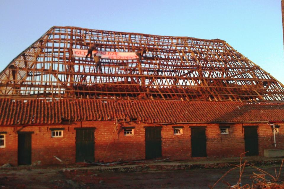 Hof ter Walle toen er nog een dak op stond.