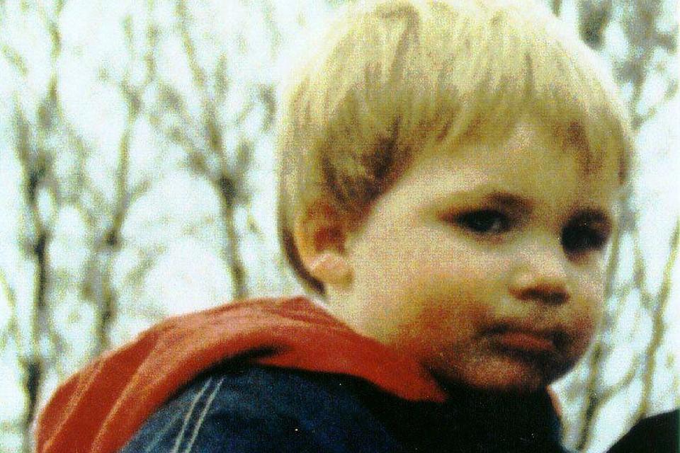 In mei 1996 verdwijnt de 2-jarige Liam Vanden Branden.