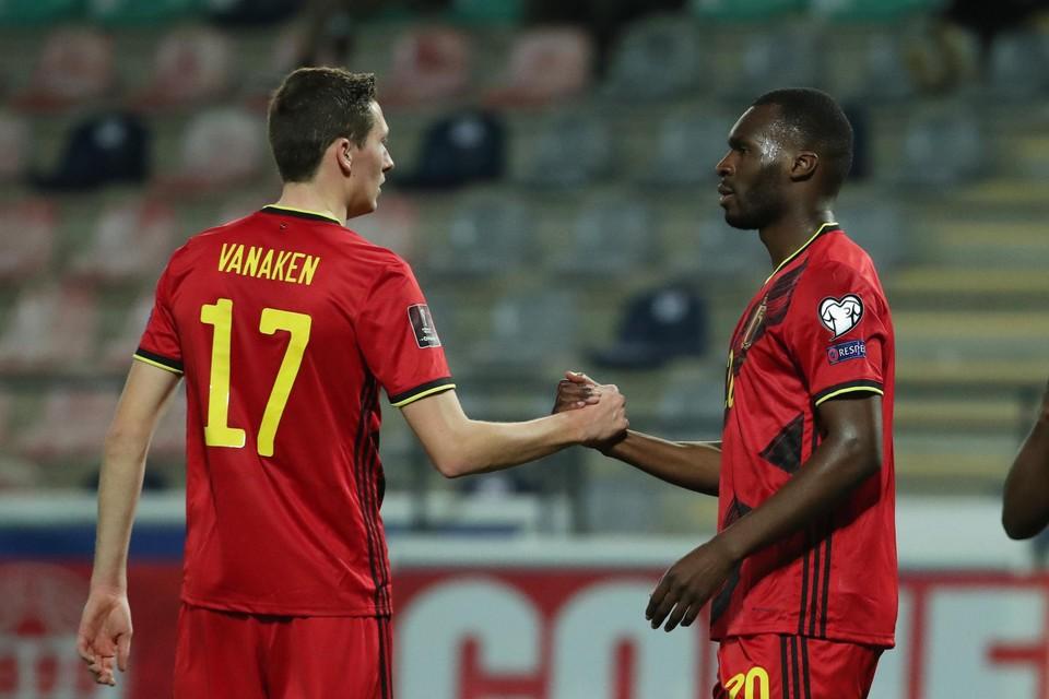 Vanaken en Benteke onlangs tegen Wit-Rusland. Inzet: Leandro Trossard.