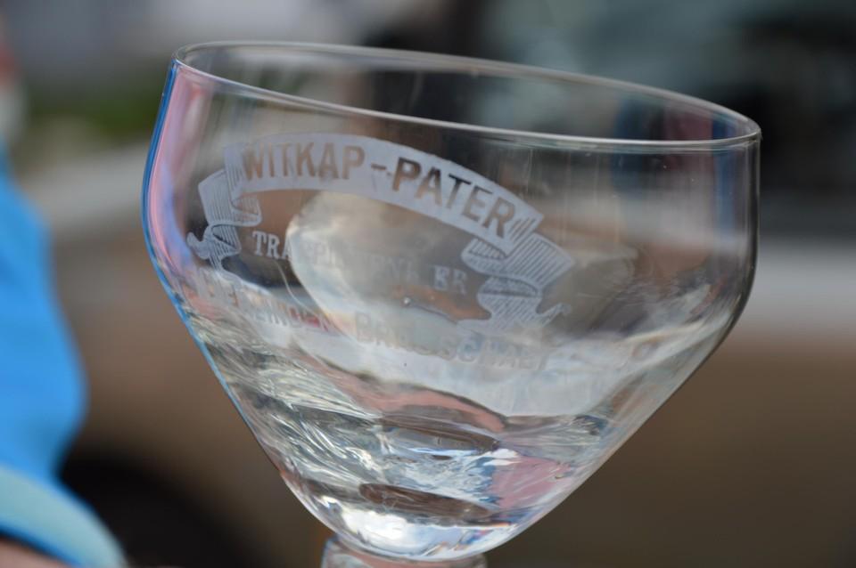 Een bierglas van een verdwenen brouwerij uit Brasschaat.