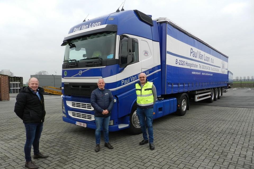 Staf Blockx en zijn werkgevers Paul en Jef Van Loon.