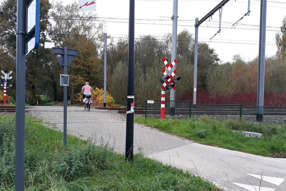 De fietsoversteek aan Rauwelkoven gaat dicht, maar in de plaats komt er een fietstunnel.
