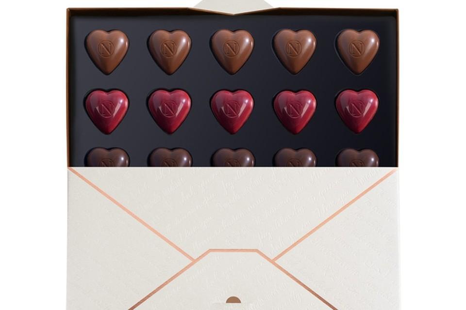 <P>Een liefdesbrief vol pralines om van te houden, Neuhaus, 23 euro</P>