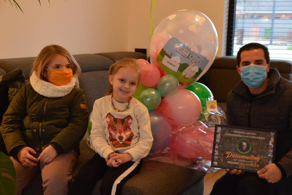 Jurgens dochtertje Sienna (5) met Collette (4, midden) en Jurgen zelf.